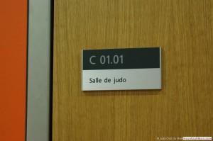 Porte d'entrée de la salle de Judo